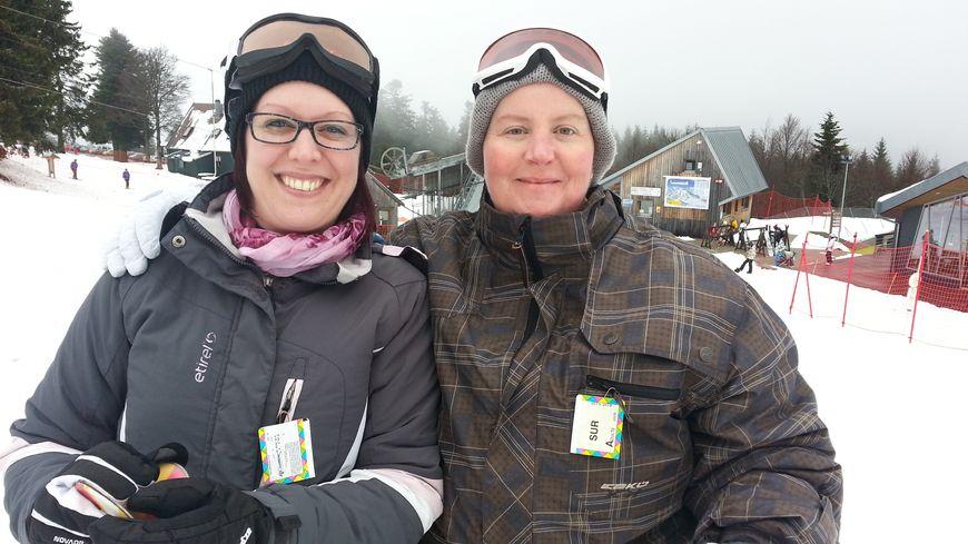 Eva et Laurence, heureuses sur les pistes