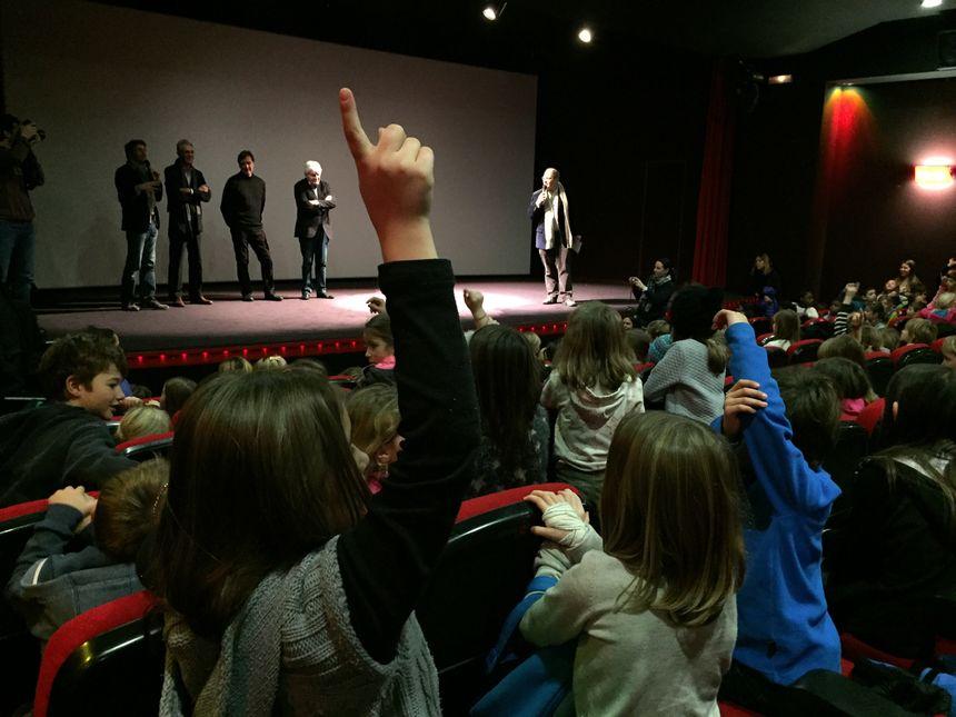 Les enfants ont posé de nombreuses questions aux réalisateurs.  - Radio France