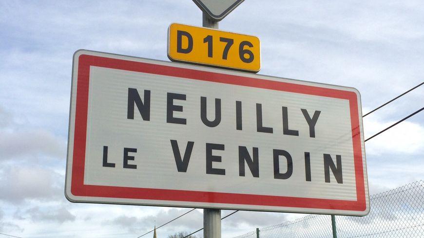 Neuilly-le-Vendin, village de 400 habitants du Nord-Mayenne limitrophe de l'Orne