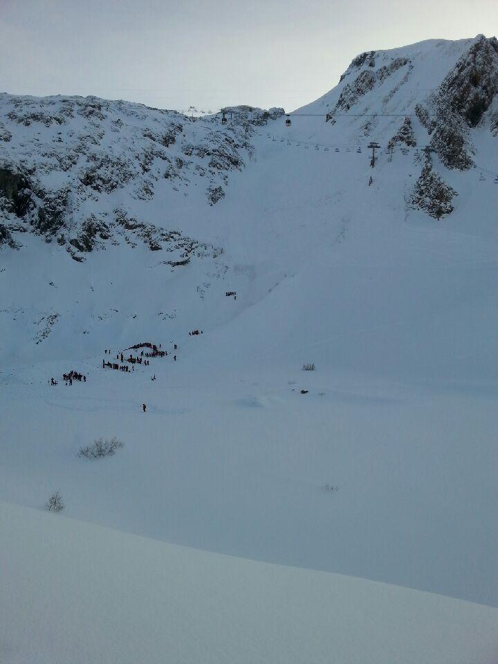 Le versan nord où la piste de Bellcombe est située sur le domaine des Deux-Alpes - Radio France