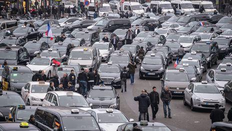 Manifestation de taxis mardi à Paris