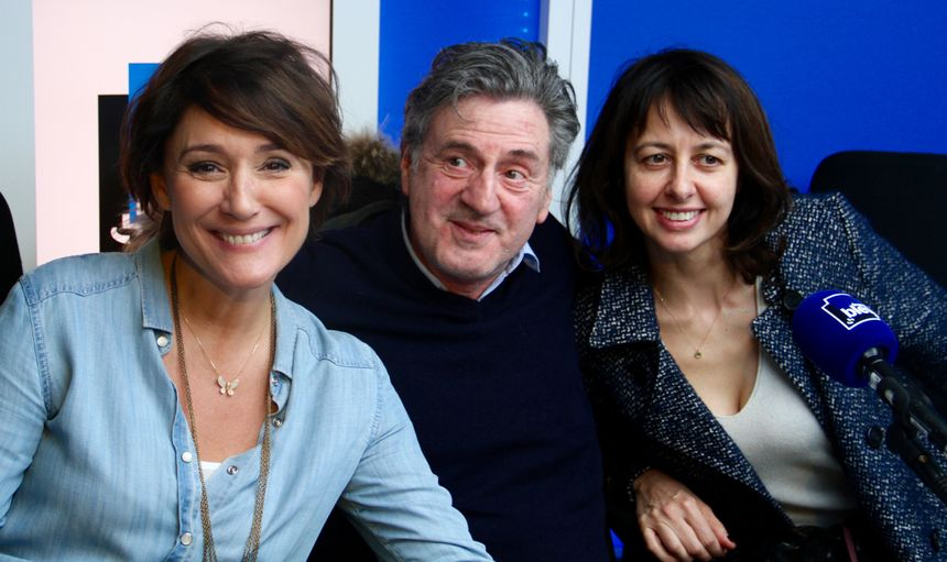 Daniel Auteuil et Valérie Bonneton dans le studio de France Bleu - Radio France