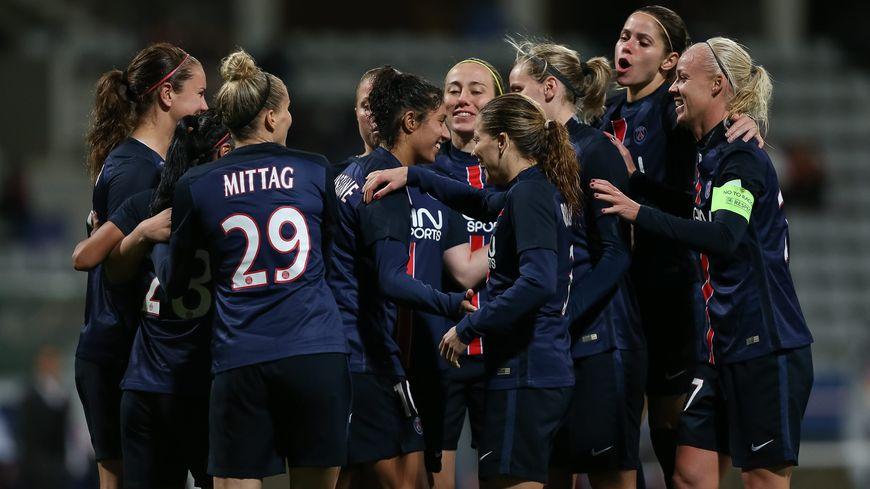 PSG l'équipe féminine (photo octobre 2015)