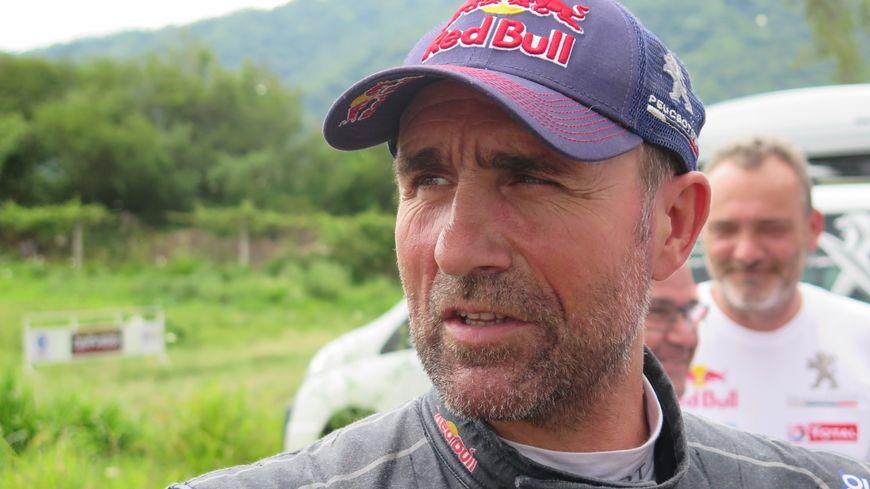 Stéphane Peterhansel est un vieux routier du Dakar.