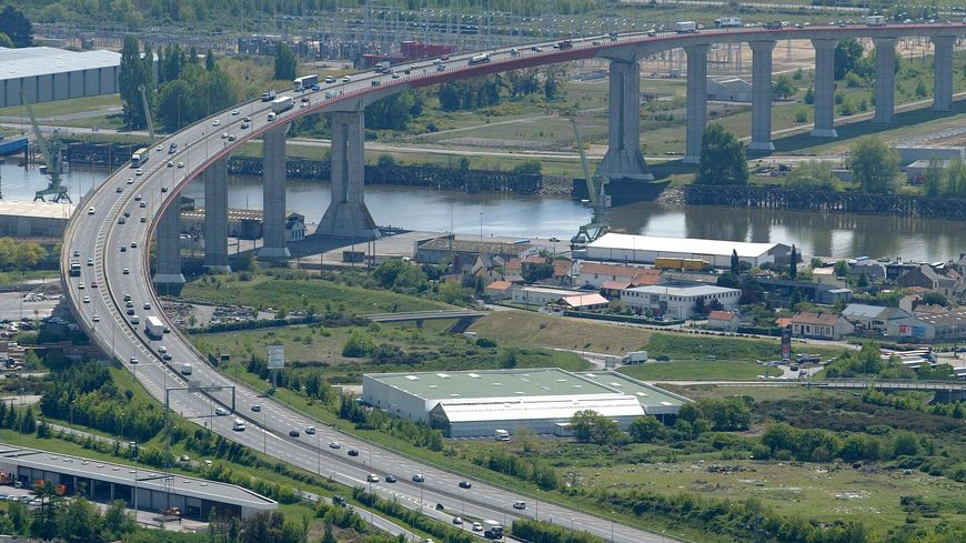 Un banquet est prévu vers 13h au pied du pont de Cheviré