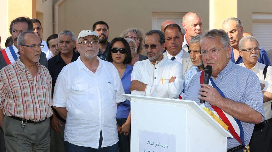 R. Feyssaguet à la mosquée de Villefontaine après l'attentat à St Quentin Fallav