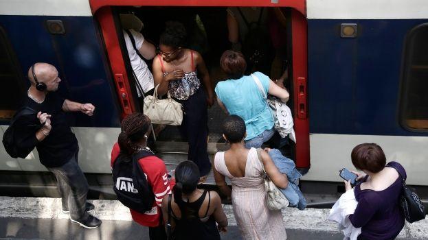 Les usagers des transports font 1000 pas de plus que les automobilistes
