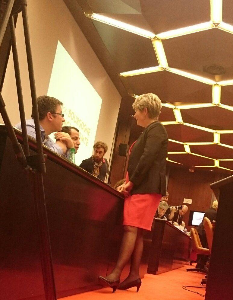 Marie-Guite Dufay entre les deux tour de l'élection à la présidence du conseil - Radio France