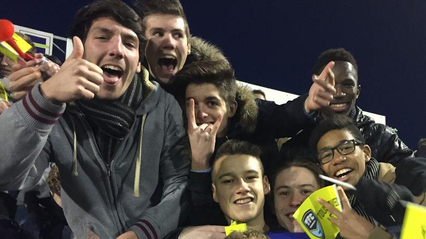 Les supporters trélissacois lors du match Trélissac Lille