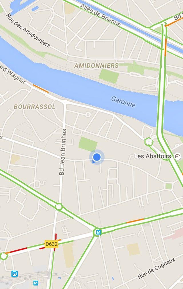 Le stade des Fontaines est situé quartier Saint-Cyprien. - Aucun(e)