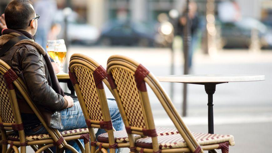 Il n'y a jamais eu aussi peu de cafés en France