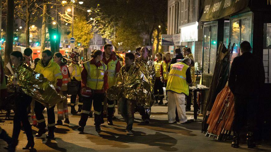 Intervention des secours lors des attentats du 13 novembre, à Paris