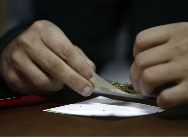 Cannabis plus tabac, un mélange extrêmement nocif.