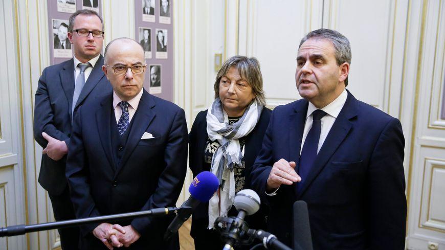 Il y a un mois, X. Bertrand avait déjà réclamé le renfort de l'armée à Calais