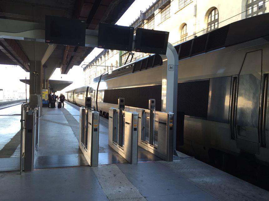 Le deuxième dispositif d'embarquement testé en gare de Marseille-Saint-Charles - Radio France