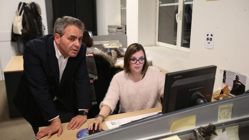 Xavier Bertrand inaugure la plateforme téléphonique de Proch'emploi