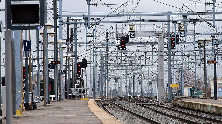 Les voies de la gare SNCF de Clermont. Photo d'illustration.