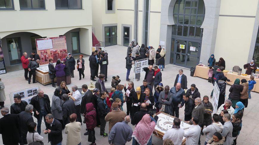 Porte ouverte à la mosquée de Gennevilliers