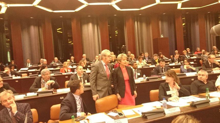 Marie-Guite Dufay lors de son élection, avec 51 voix. - Aucun(e)