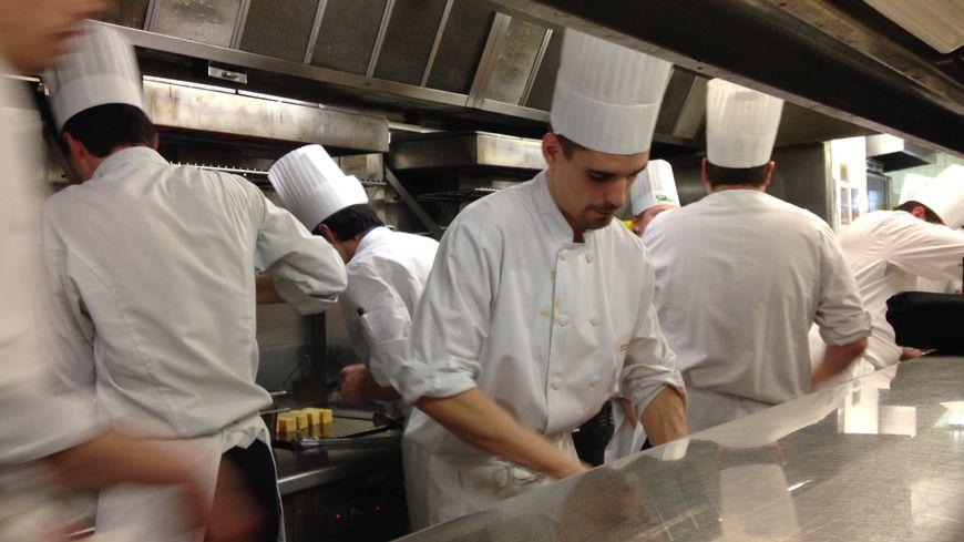 Les élèves ont pris possession de la cuisine