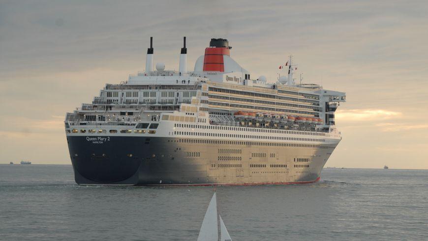 Le queen mary 2 partira du havre direction new york en 2017 - Office de tourisme de new york ...