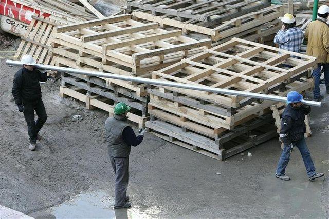 l'assemblée vote le renforcement de la surveillance des travailleurs détachés européens
