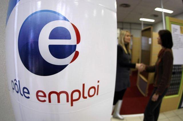pôle emploi va recruter 2.000 agents supplémentaires