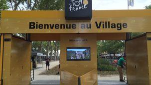 L'entrée du village départ du Tour de France
