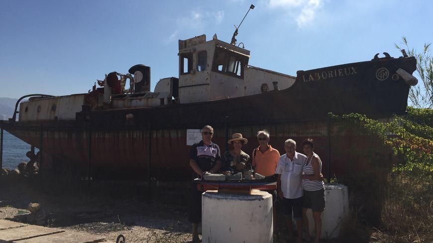 L'épave du Laborieux au pied du fort Ballaguier à La Seyne-sur- mer