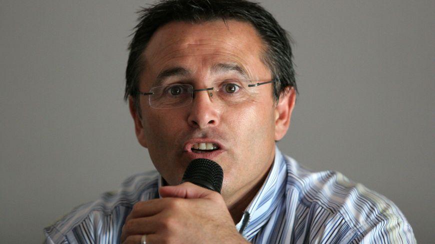 La maire de Saint-Cyprien Thierry Del Poso