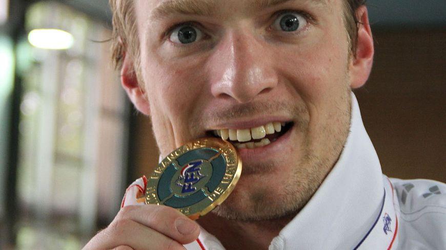 Le médaillé d'or Charles Rozoy