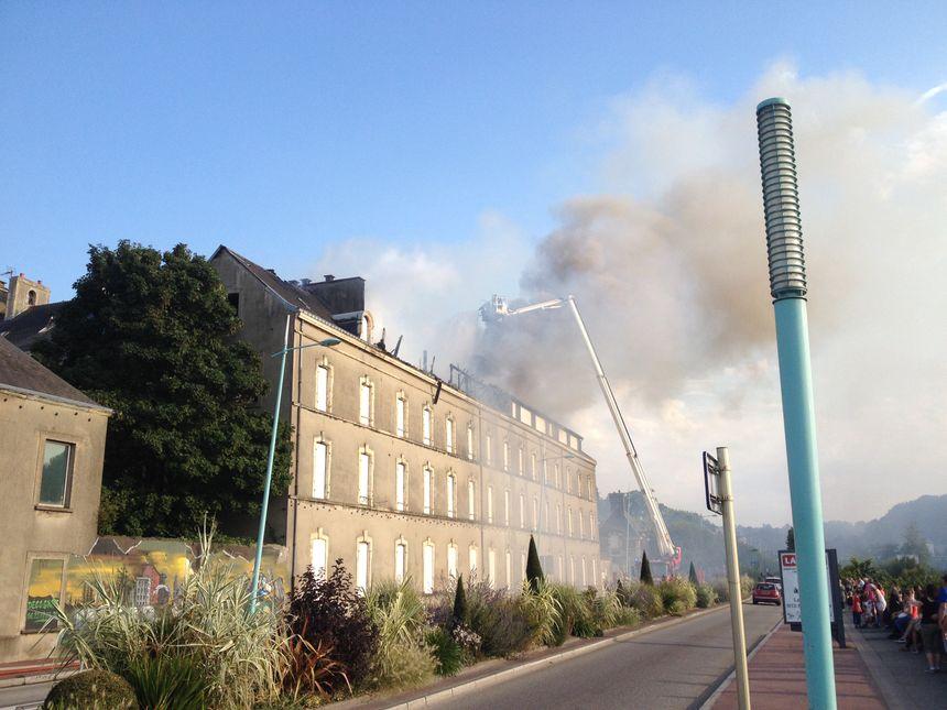 Le feu a été maîtrisé en début de soirée. - Radio France