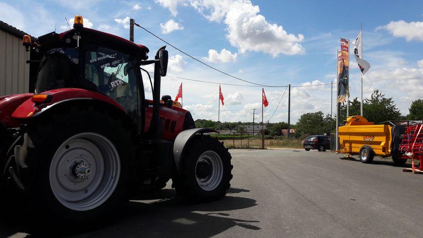 Les ventes de matériel agricole ont chuté de 40% par rapport à l'année dernière.