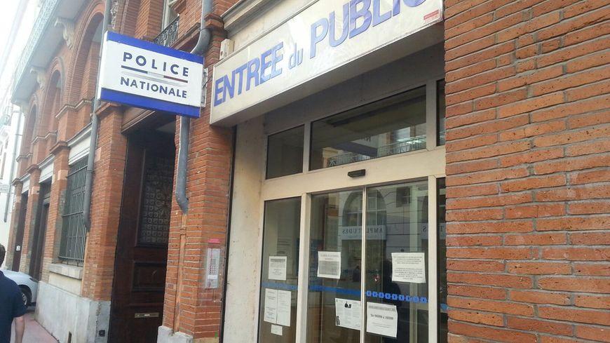 Le commissariat de la rue rempart Saint Etienne en plein centre ville