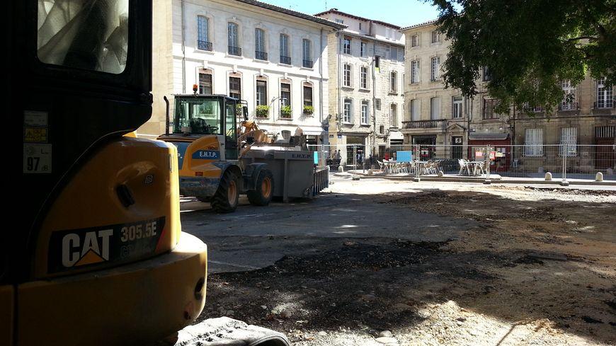 Place St-Didier à Avignon depuis l'abattage des pins