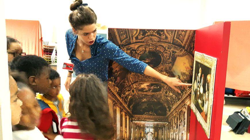 A Villetaneuse, les enfants reprodruisent un mini-musée du Louvre, cette semaine