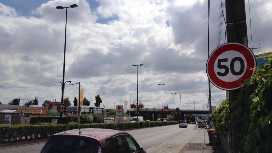La vitesse est désormais limitée à 50 km/h sur toute la traversée de Clermont-Ferrand