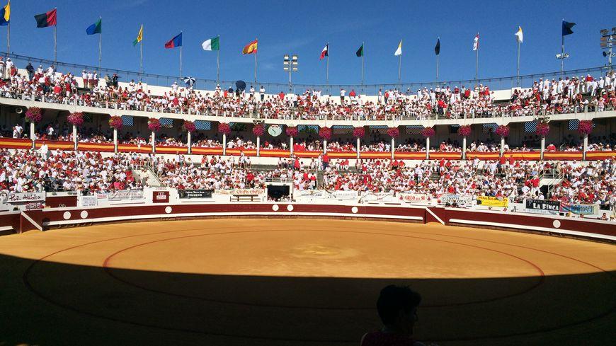 Des arènes bien remplies pour la 1re corrida de cette Feria 2016