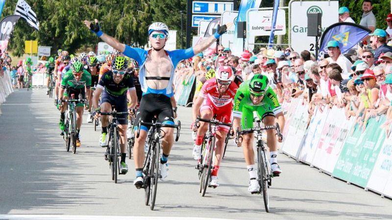 La victoire s'est jouée au sprint pour cette 2e étape 100% creusoise. Roman Maikin (Gazprom) s'impose devant Sonny Colbrelli - © Zoé Soullard - Tour du Limousin
