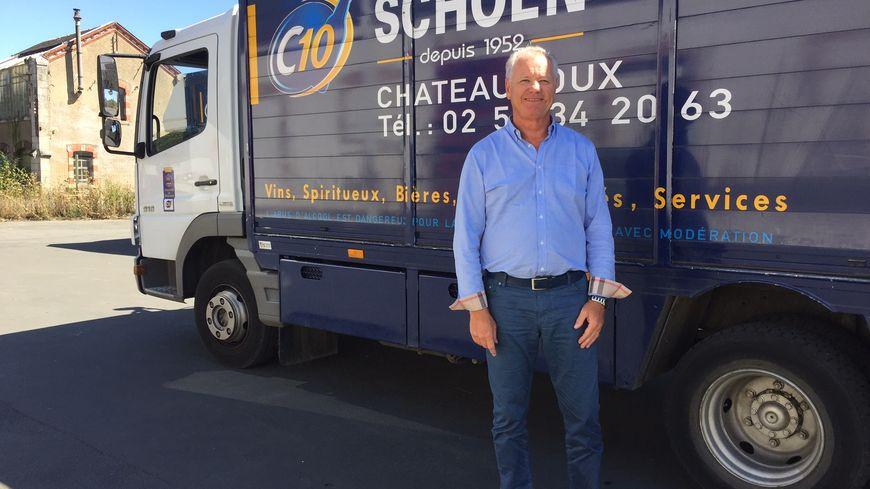 Thierry Schoen partage son temps entre le stade Gaston Petit et son entreprise.