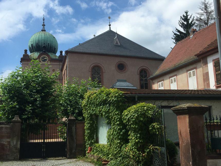 La synagogue, au centre ville de Ingwiller - Radio France