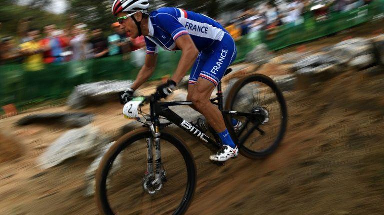 Julien Absalon n'a jamais pu se mêler à la bagarre pour le podium à Rio