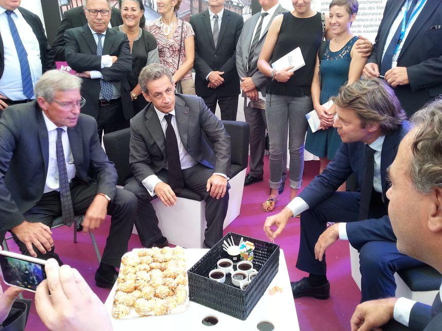 Nicolas Sarkozy sur le stand du département de la Marne - Radio France