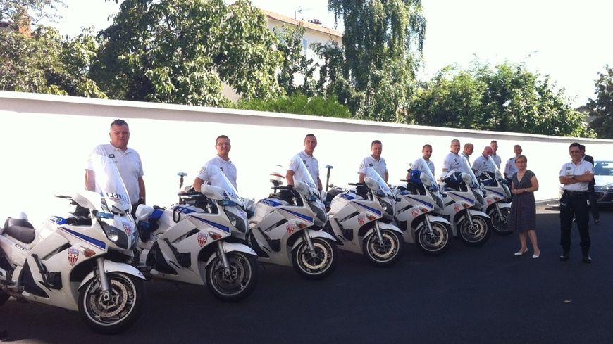 13 CRS à moto viennent renforcer pour quinze jours les effectifs de police du Puy-de-Dôme.
