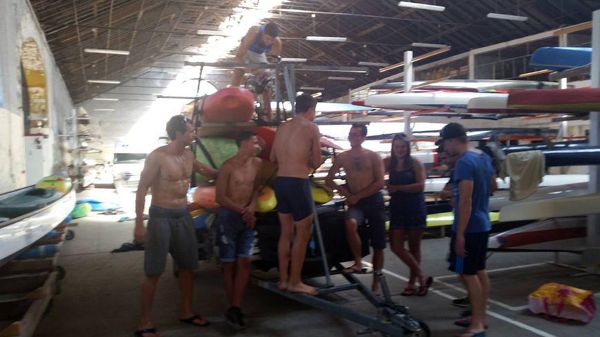 Etienne Hubert et les jeunes du Canoë-Kayak du Pays sedanais préparent leur départ en Slovénie