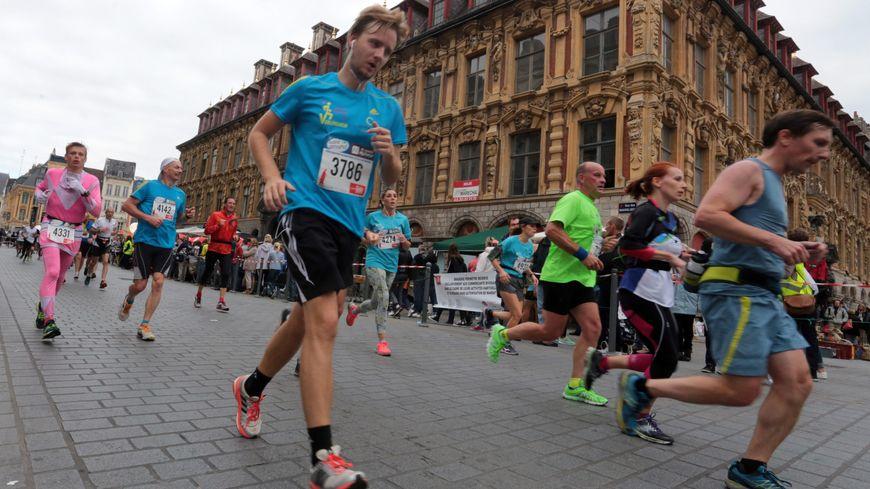 Malgré l'annulation de la Braderie de Lille, le semi marathon de Lille aura bien lieu le samedi 3 septembre 2016