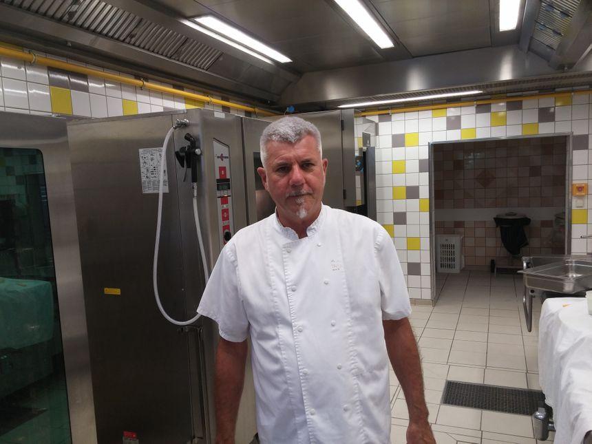 Jean-Marc Treillis chef cuisinier au lycée Michel de Montaigne de Périgueux - Radio France