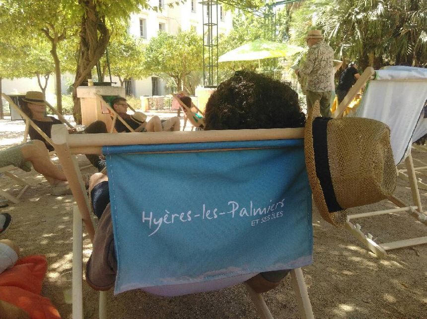 La sieste à Hyères. - Radio France