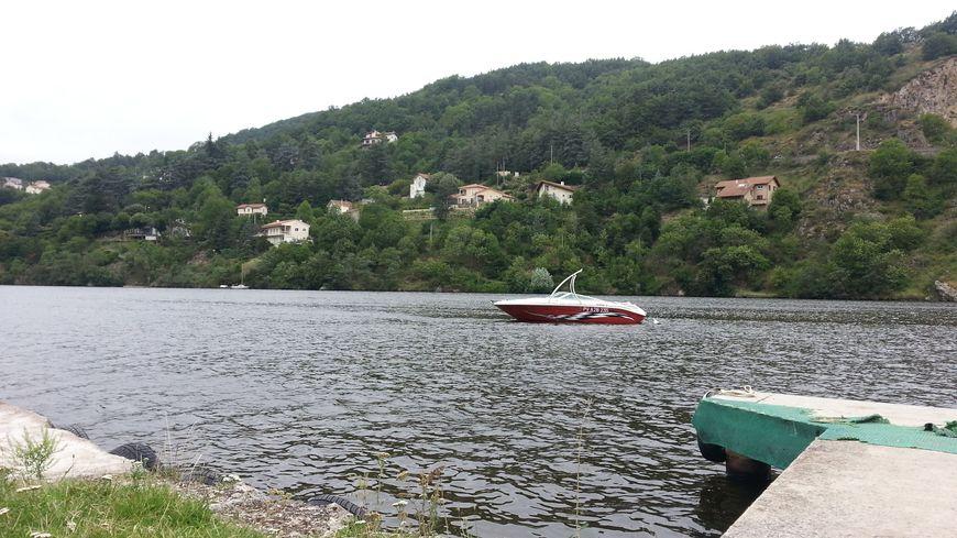 L'eau est jugée impropre à la baignade à Saint-Paul-en-Cornillon