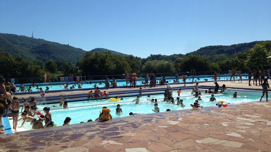 La piscine de Chalezeule manque de loisirs pour les enfants